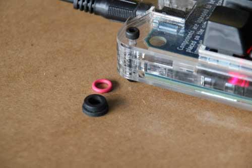 Vis amortissantes pour disque dur